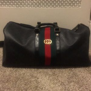 COPY - Gucci Duffle Bag (suitcase)Used.